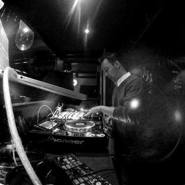 DJ Franky Seasons Party ( Kerkehoek )